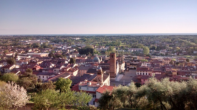 Visiting the art city of Pietrasanta