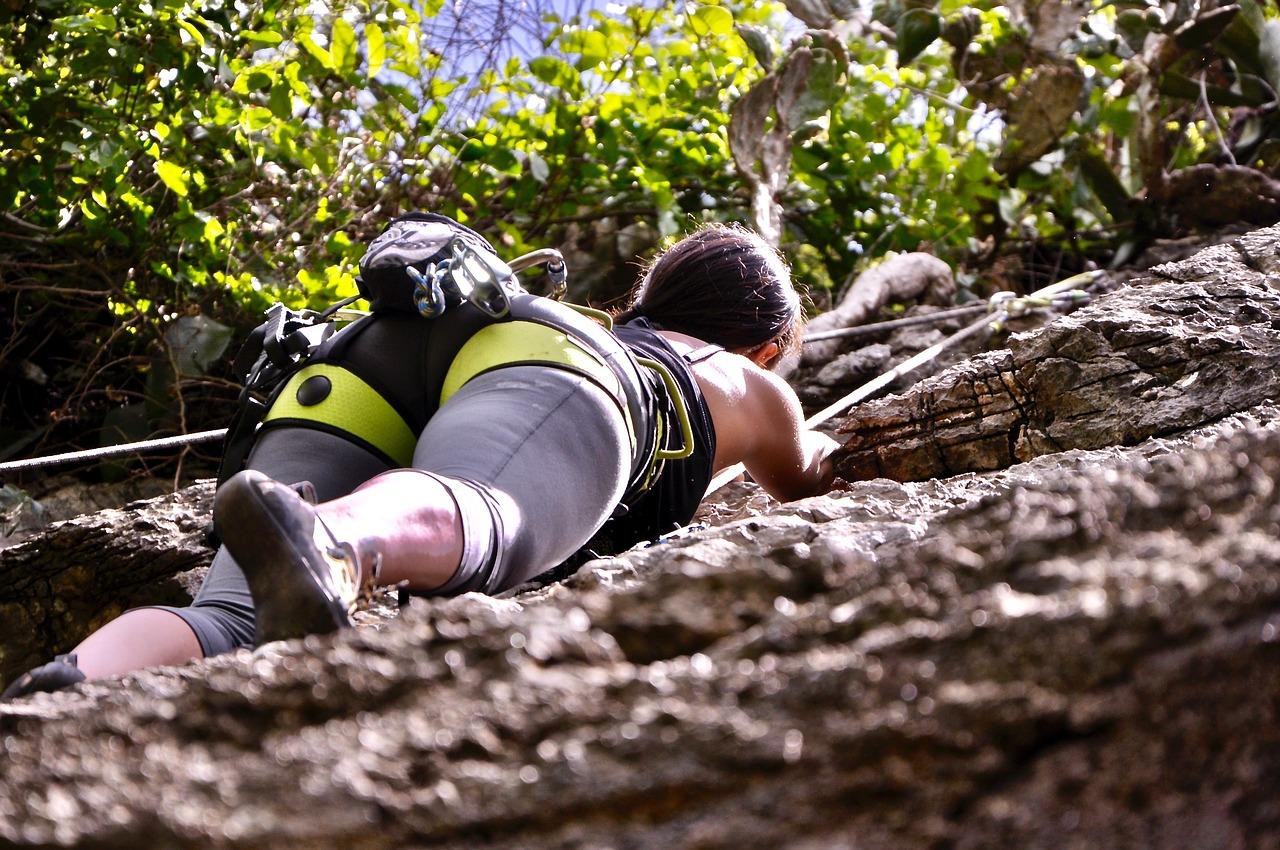 vacanze-attive-natura-arrampicata