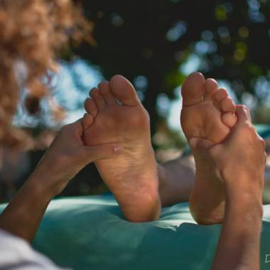 Holistic wellness in Versilia: foot reflexology